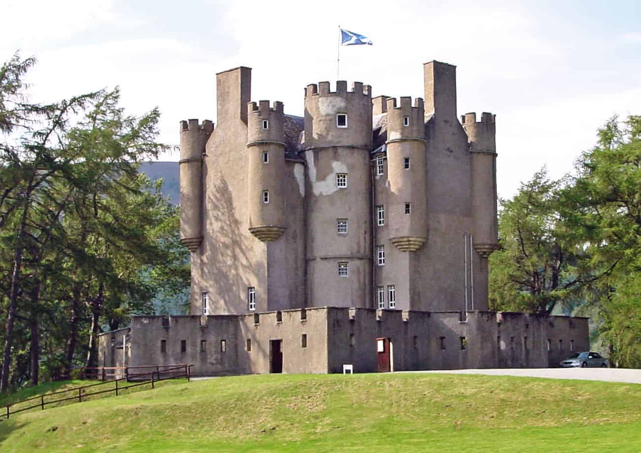 Burns Night North East, Castles on the North East 250: Part 1